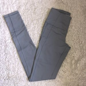 Victoria's Secret knockout pocket leggings. NWOT.